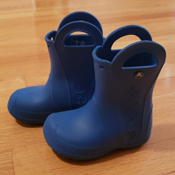 72552e551eb64 CROCS Other - Toddler 9 crocs rain boots